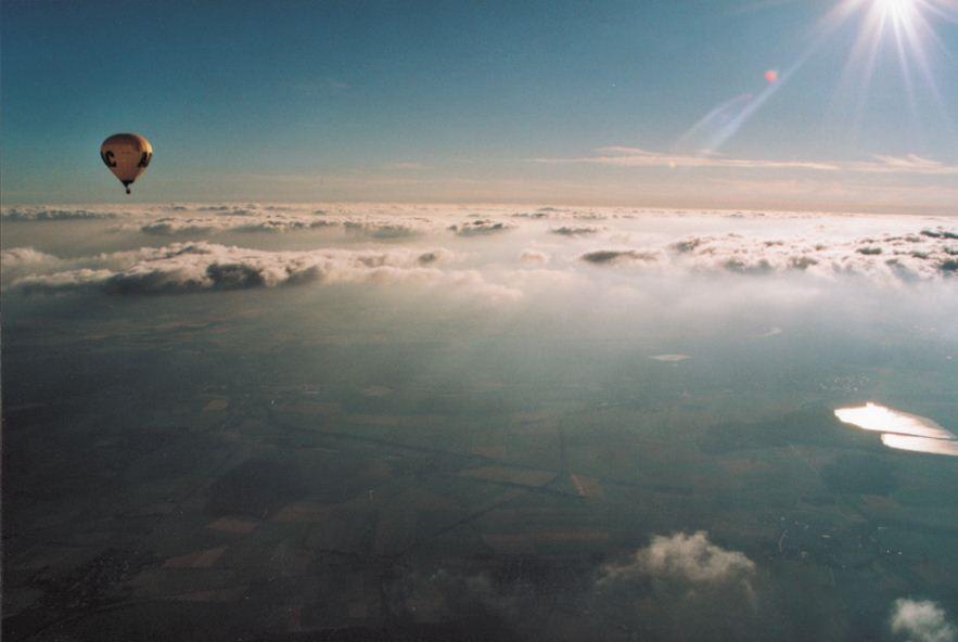 ADAC über den Wolken