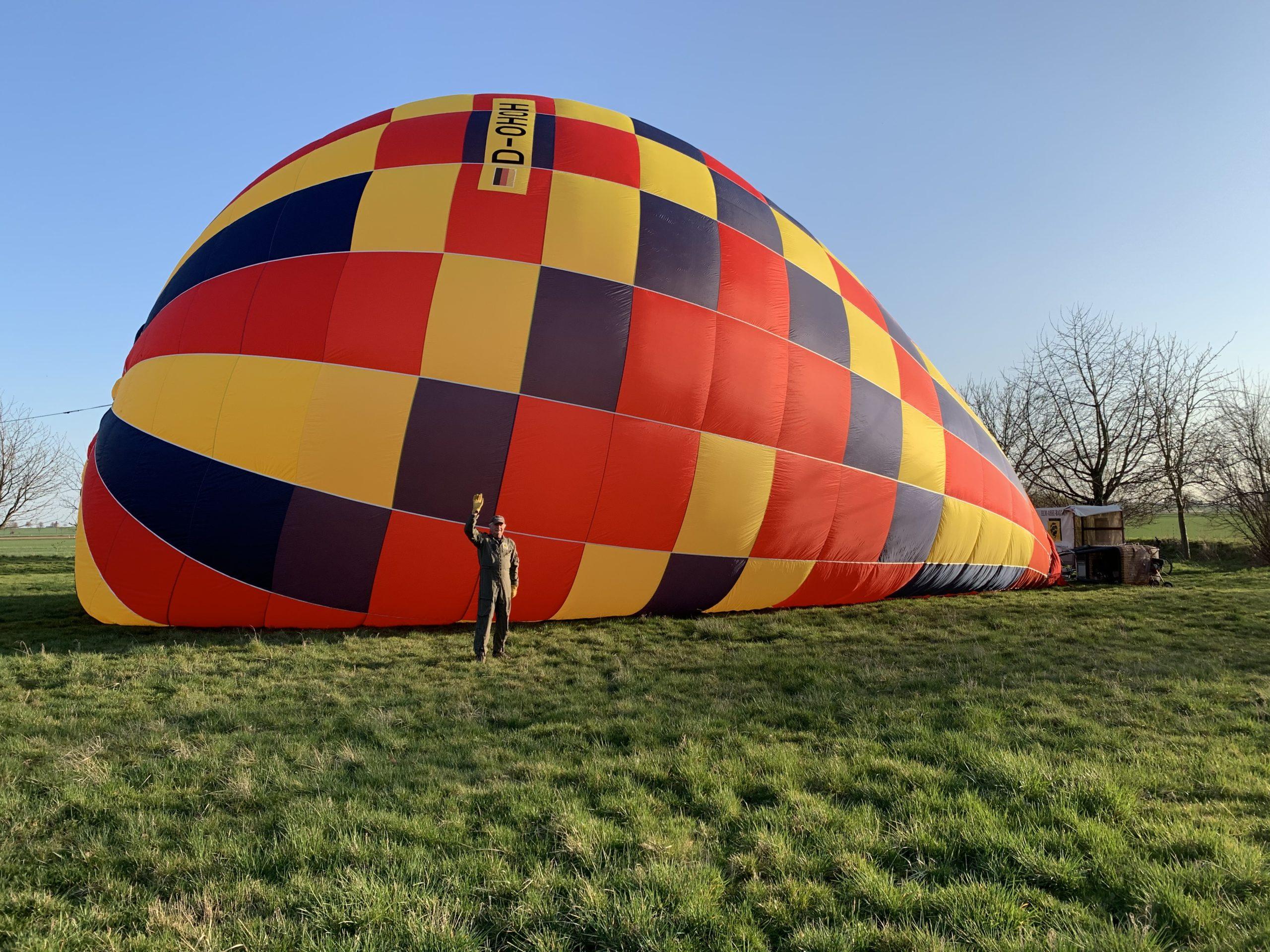Aufbau Startplatz neuer Ballon